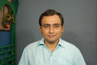 Dr. Ankit Kapoor