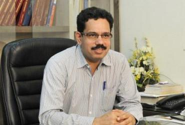 Dr. Hari Singh Bisoniya